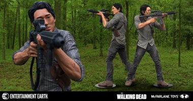 Make Sure Glenn Always Has Your Back with This Deluxe Walking Dead Figure