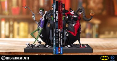 This Joker and Harley Bookend Statue is the Bomb