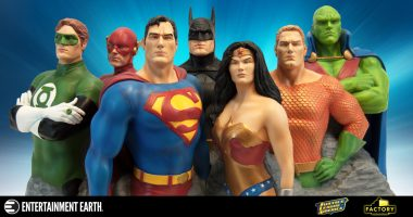 Aspire to Superheroic Greatness with This Limited Edition Alex Ross Fine Art Sculpture