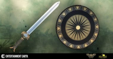These Wonder Woman Movie Prop Replicas Are Soft and Safe for Cosplay