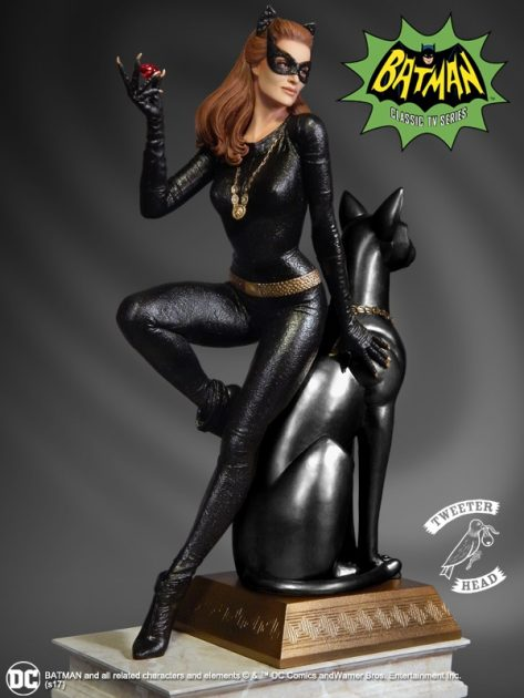 Batman 1966 TV Series Catwoman Ruby Version Maquette Diorama Statue