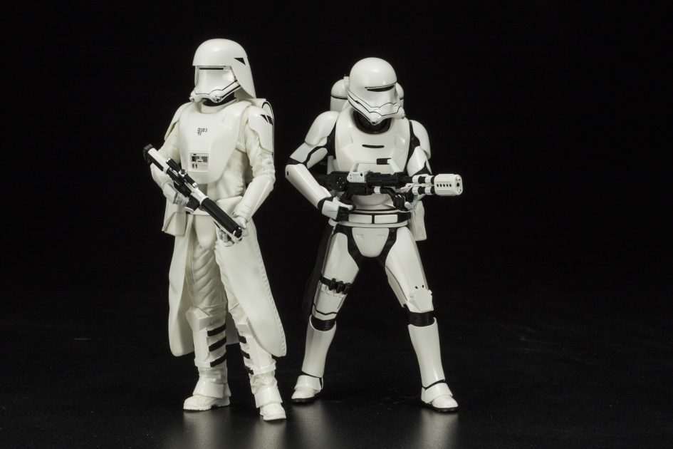 Star Wars: The Force Awakens First Order Snowtrooper and Flametrooper ArtFX+ Statue 2-Pack