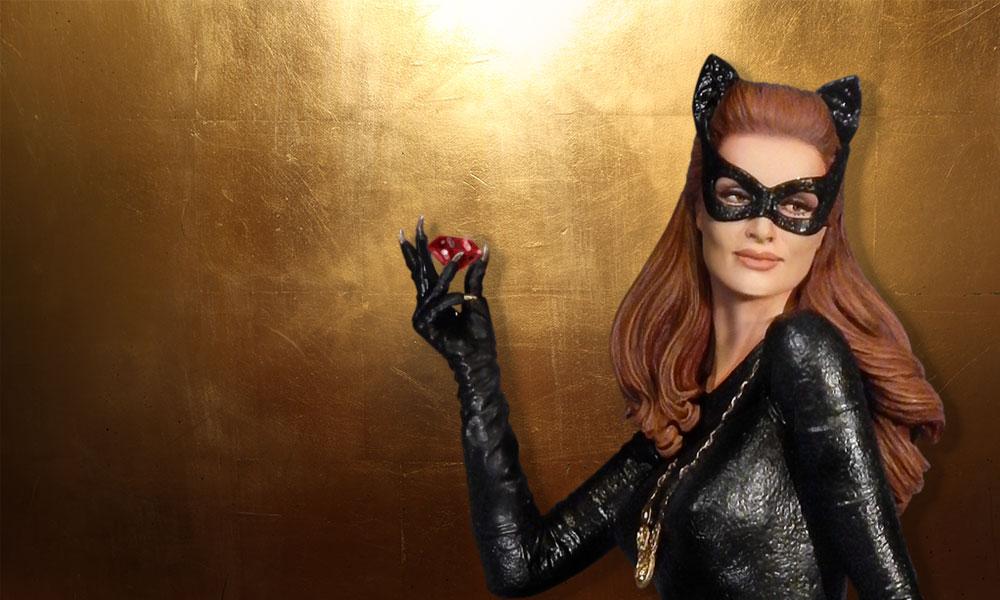 Batman 1966 TV Series Catwoman Maquette Diorama Statue