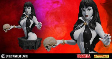 First Look at the Black and White Arthur Adams Vampirella Bust
