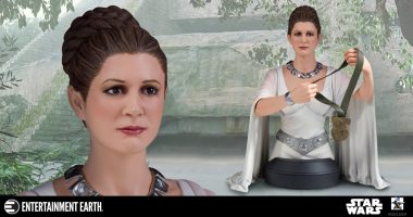Celebrate the Destruction of the Death Star with This Leia Mini-Bust