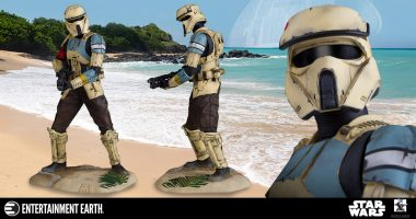 This Scarif Shoretrooper Collector's Galaxy Statue Is out of This World