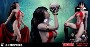 The First Ever 1:6 Scale Vampirella Action Figure is Here!