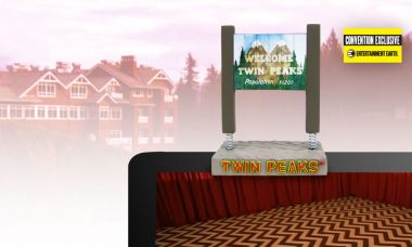 Twin Peaks Welcome to Twin Peaks Sign Monitor Mate Bobble