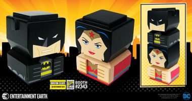 BATMAN and WONDER WOMAN Team up in Convention Exclusive Tiki Tiki Totem!