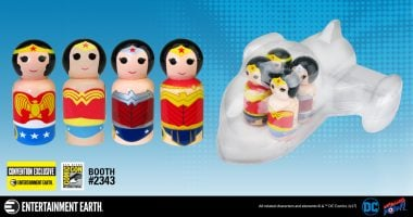 Experience the Evolution of WONDER WOMAN™ with her Invisible Jet Convention Exclusive!