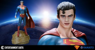 Amazing Luis Royo Statue Puts a New Spin on Superman