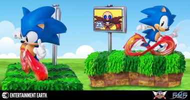 Mark Sonic the Hedgehog's 25th Anniversary by Collecting this Massive, Classic Statue
