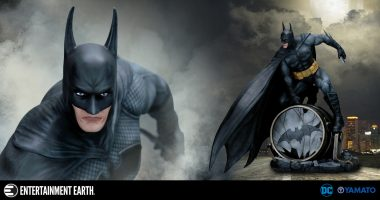 Famed Artist Luis Royo Is Back with This Breathtaking Fantasy Figure Gallery Batman