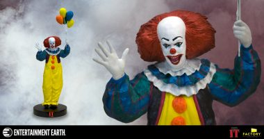 Classic Pennywise Returns! Are You Brave Enough to Take IT Home?