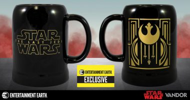 Raise a Glass to This Star Wars: The Last Jedi Stein – an Entertainment Earth Exclusive!