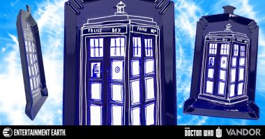 Doctor Who TARDIS Serving Platter Gives Your Food Some Time Lord Flair