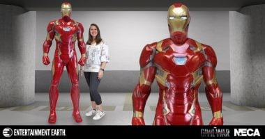 Captain America: Civil War Iron Man Life-Size Foam Statue