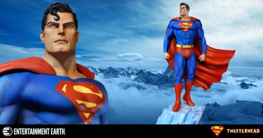 Supes Strikes a Powerful Pose with Latest DC Super Powers Maquette