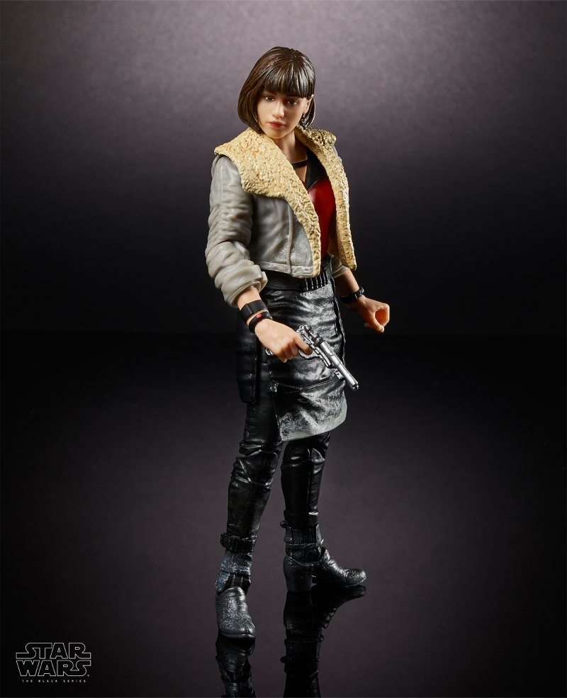 Qi'ra Hasbro 6-inch Black Series figures