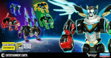 The Legend Comes Alive with the Voltron 5-Piece Gift Set Action Figure – San Diego Comic-Con 2018 Previews Exclusive
