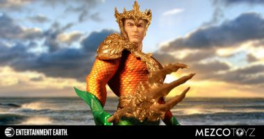 Here's Why the Aquaman One:12 Collective Action Figure Will Change the Way You Think about Aquaman Collectibles