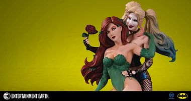 Feel the Love with the DC Designer Series Harley Quinn and Poison Ivy by Emanuela Lupacchino Statue