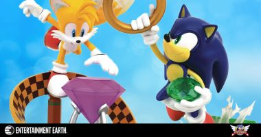 These Two Sonic Statues Get the Artwork Right the First Time!